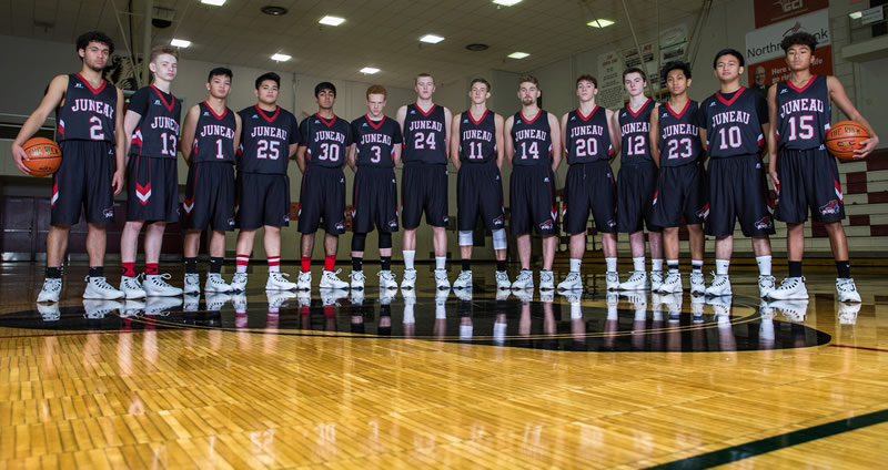 Juneau Douglas Crimson Bears basketball team 2017 - 2018